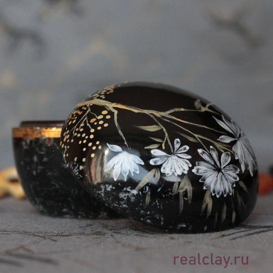 Шкатулка черная
