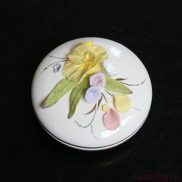 Шкатулка для украшений из керамики