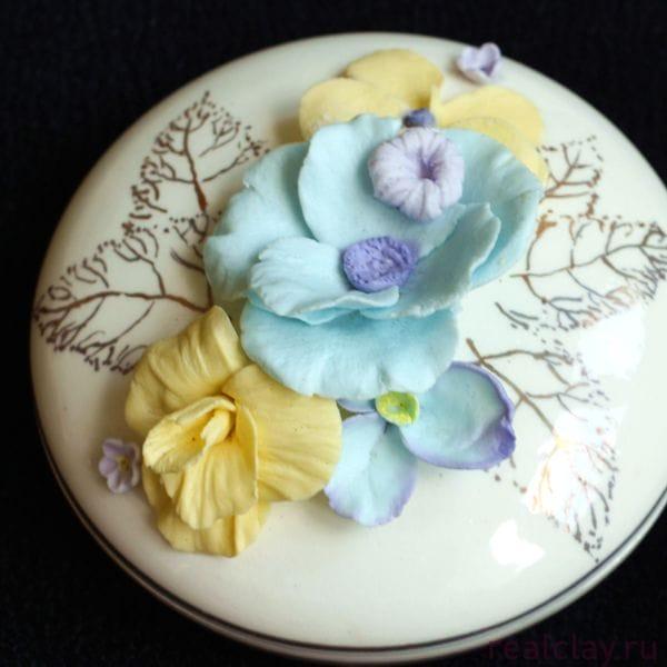 Керамическая шкатулка для украшений ручной работы