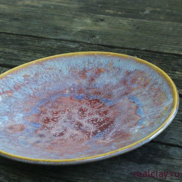Керамическая тарелка ручной работы фиолетовая