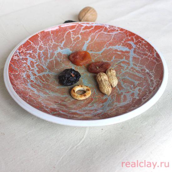 Тарелка керамическая с эффектом разводов