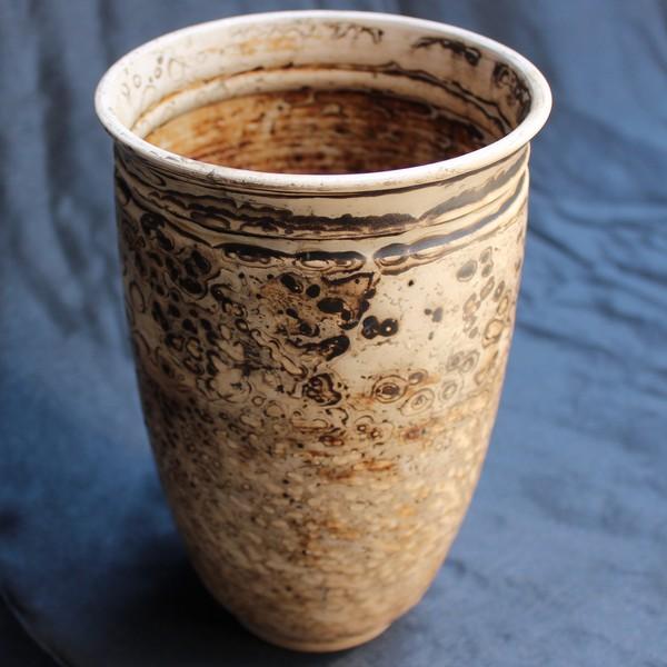 Керамическая ваза ручной работы, молочный обвар